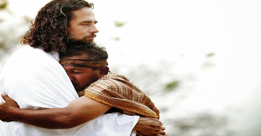 Prisloni svoje uho na Isusovo srce