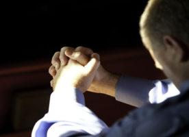 Koja je razlika između religije i duhovnosti?