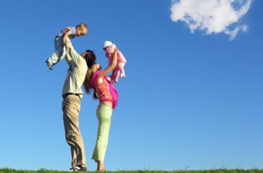 Dr. Rajović: Roditelji, ne držite djecu pod staklenim zvonom!