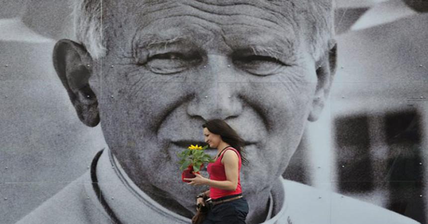 Sveti Ivan Pavao II ne miruje u borbi za duše