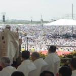 Papa pred milijun ljudi u Guayaquilu: U obitelji se vjera miješa s majčinim mlijekom