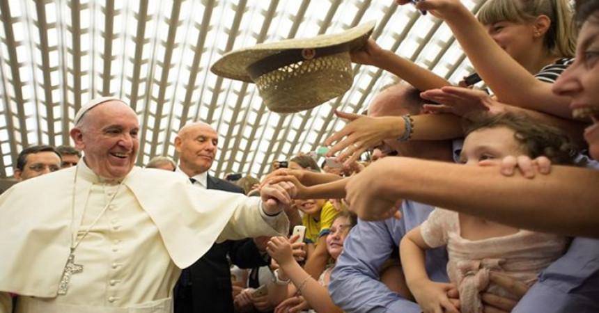 Papa Franjo: Neka svi osjete Crkvu kao majku