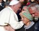 Umjesto ručka s političarima, papa franjo otišao na obrok s beskućnicima