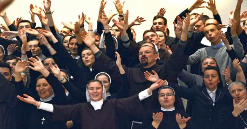"Hrlimo ""karizmaticima""ali zaboravljamo na naše župnike, kapelane i časne sestre!"
