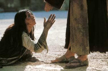 Isusove riječi koje oslobađaju i daju hrabrost za život: Ni ja te ne osuđujem!