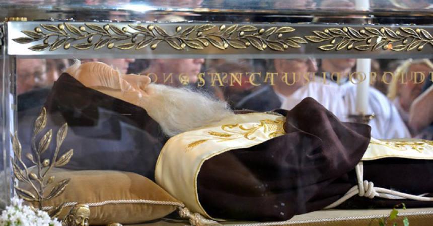 Tijelo sv. Leopolda Bogdana Mandića ponovno stiže u Hrvatsku