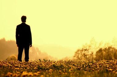 Bog poziva konkretnu osobu, u njezinoj konkretnoj stvarnosti, i zove je njezinim imenom!