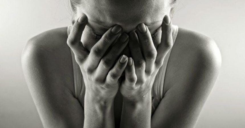 Trenutak izdaje započinje tiho i neprimjetno i događa se u srcu!