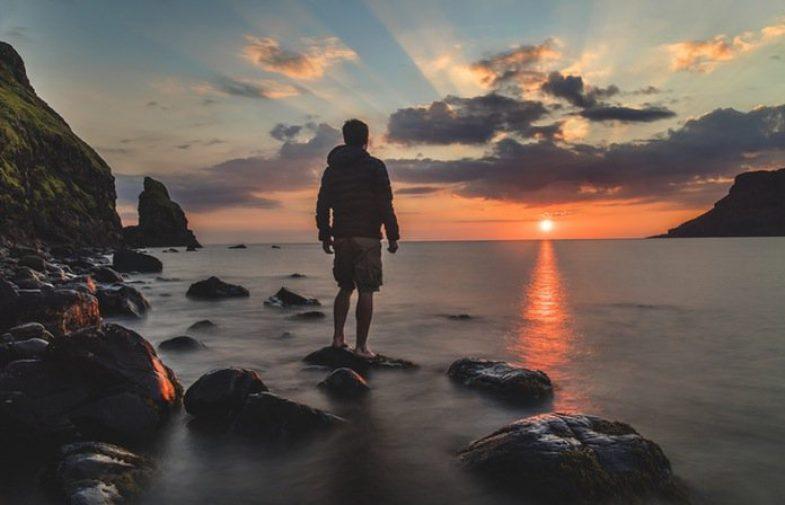 Treba osjetiti trenutak kada se treba povući i stati na trenutak sa svojim Bogom u tišini!