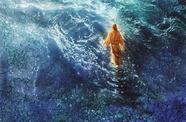Ako naiđe kriza i počneš propadati, ne boj se, On će ti pružiti ruku i izvući te!