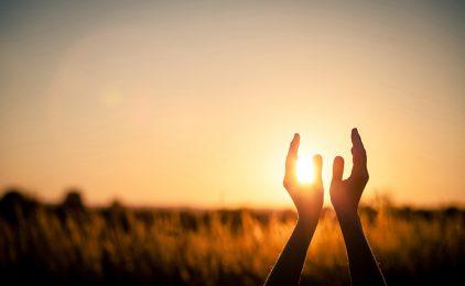 Bog treba naše ruke i naše srce!