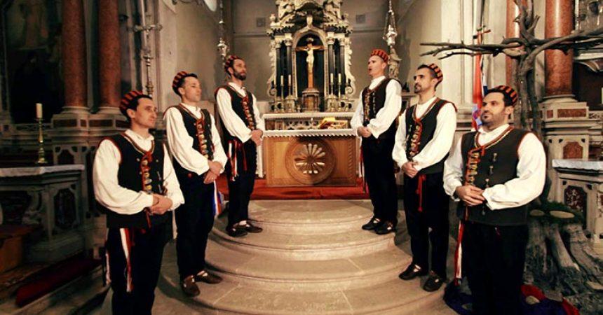 Svetomu križu – novi spot klape Bunari splet je napjeva Velikog tjedna