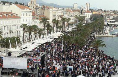 Jasna poruka velikog mnoštva okupljenih u Splitu:  Protiv smo Istanbulske konvencije