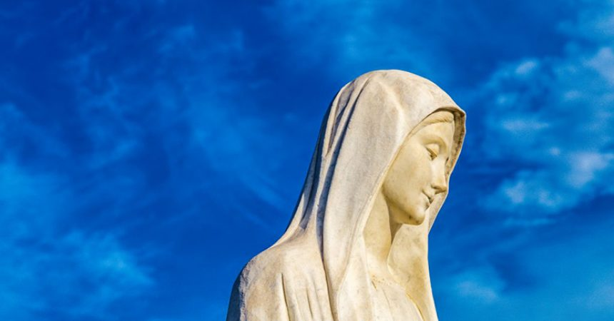 Marijino uznesenje nam želi reći da nismo stvoreni za zemlju, stvoreni smo za nebo!
