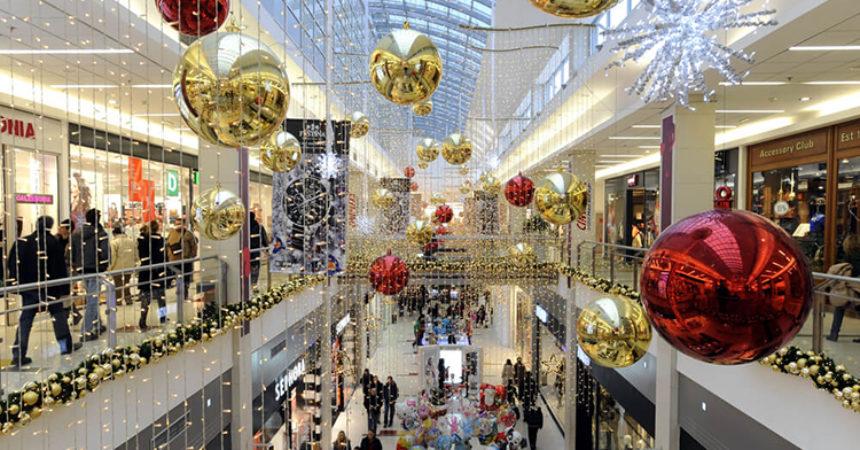 Predblagdanska božićna potrošačka ludnica i manija kupovanja