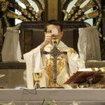Priopćenje HBK: Otkazuju se sve Svete mise i slavlja sakramenata do daljnjega!