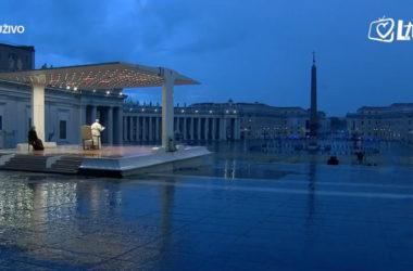 Papa Franjo: Gospodine, ne ostavi nas na nemilost ovoj oluji! Ponovi još jednom: Ne bojte se!