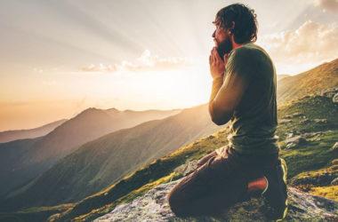 Molitva preobražava svakog od nas u nove ljude koji su otkrili Božje lice i žive ga svojim životom!