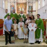 Nadbiskup Barišić krstio šesto dijete u obitelji Žuvela